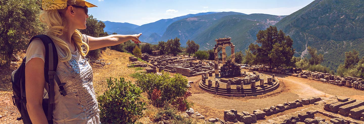 2-Day Delphi and Meteora Trip