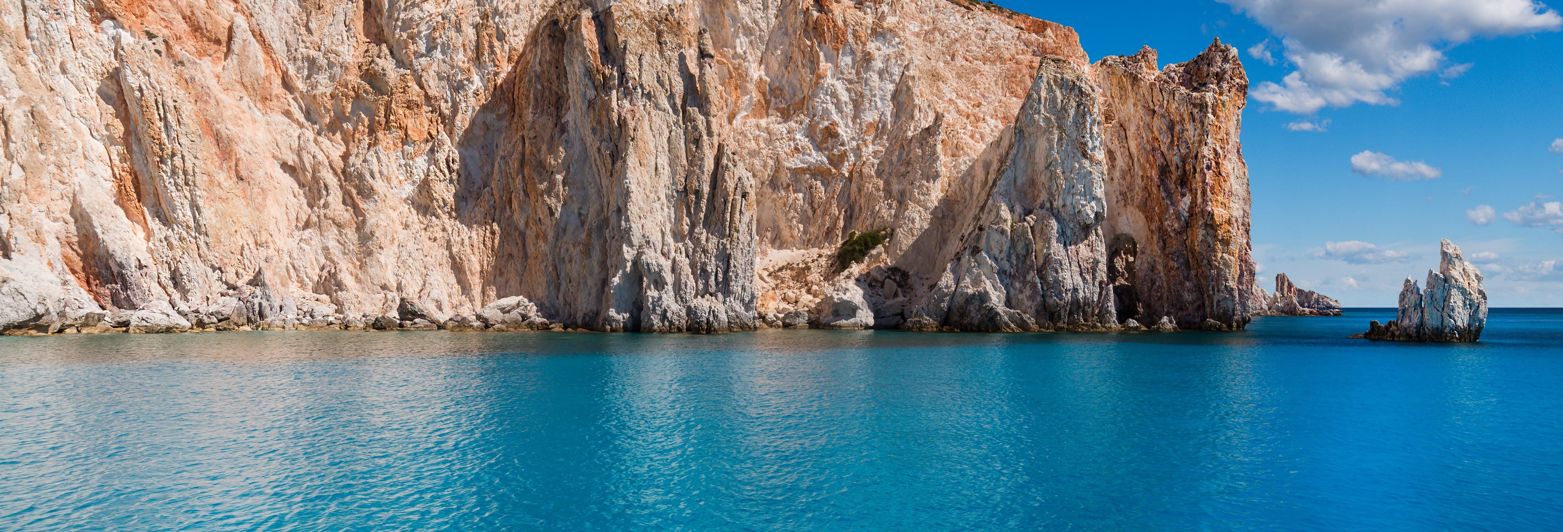 Tour en catamarán por Milos y Políegos