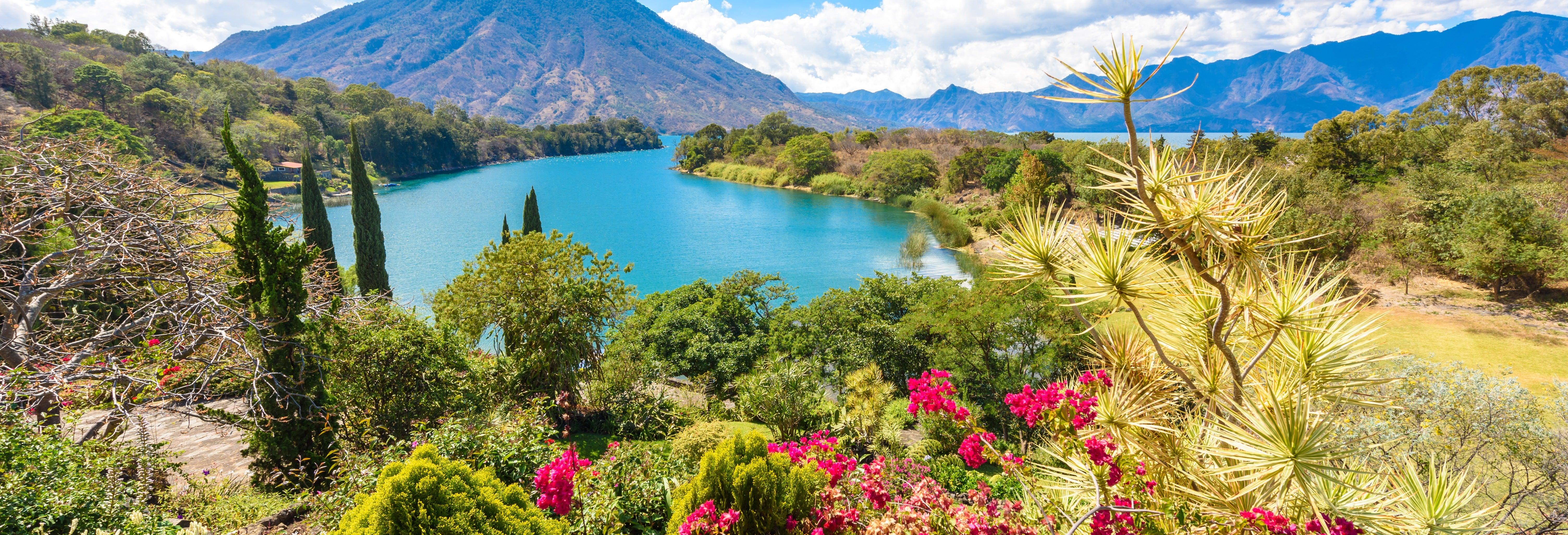 Escursione al Lago Atitlán + Giro in barca a Santiago