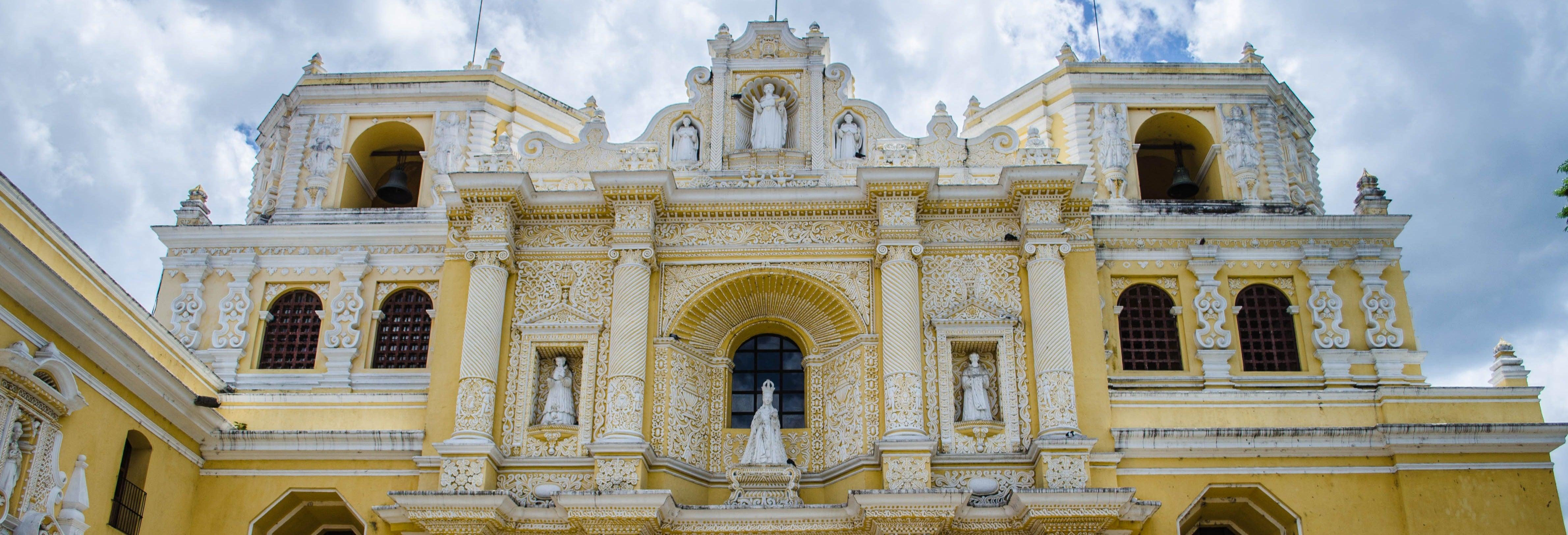 Visita guiada por Antigua y las termas de Kawilal