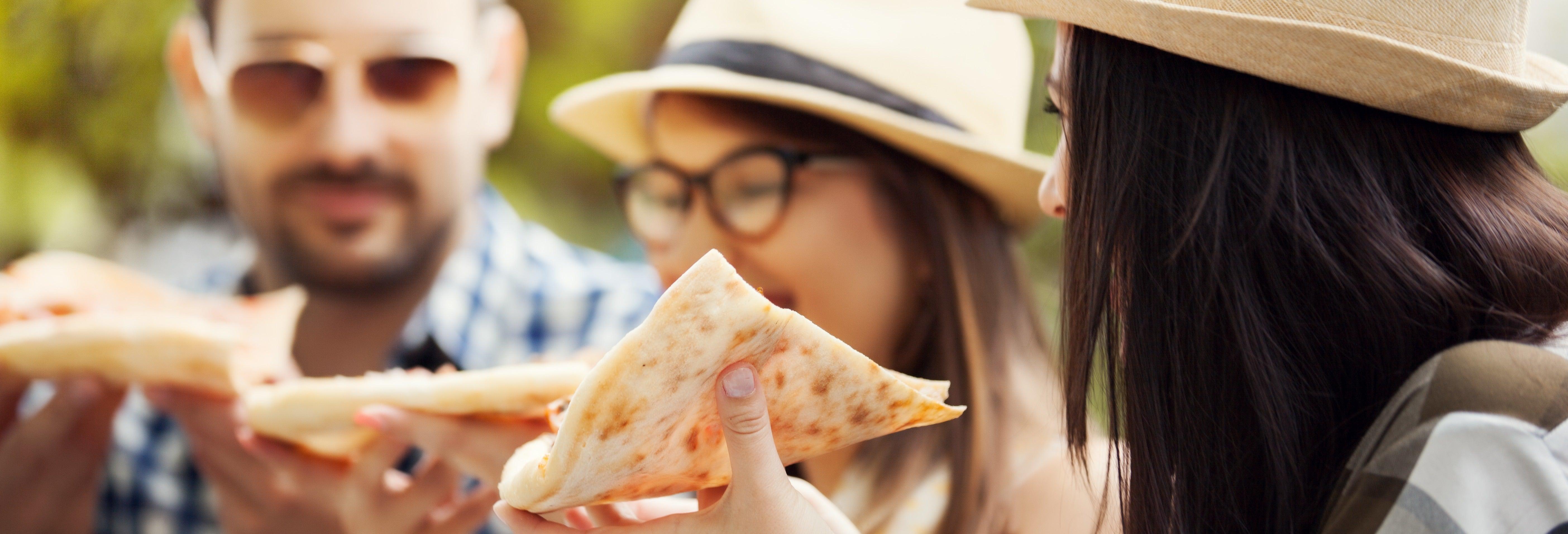 Crucero con pizza y barra libre