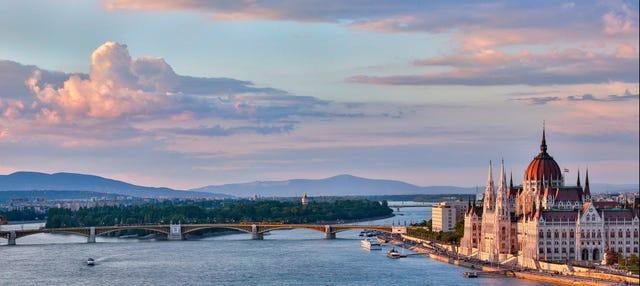 Paseo En Barco Por El Danubio Budapest
