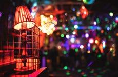 Tour de fiesta por los ruin pubs de Budapest
