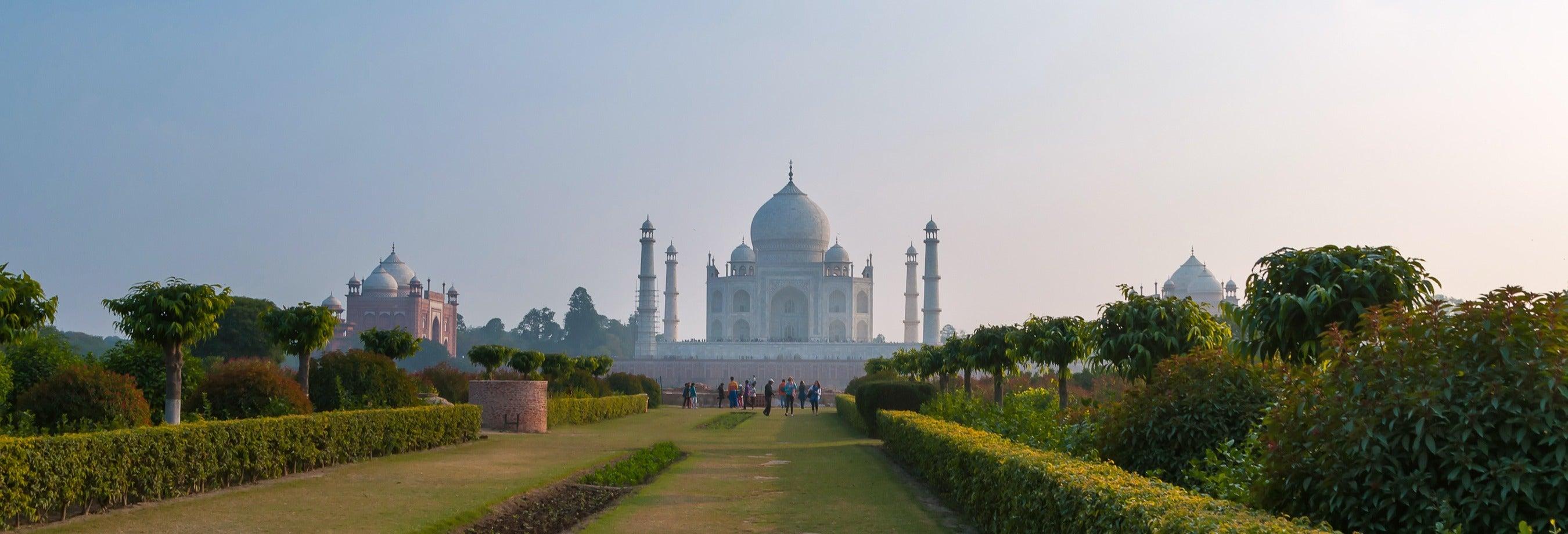 Tour privado pelo Jardim Mehtab Bagh e o mausoléu Itimad-ud-Daulah