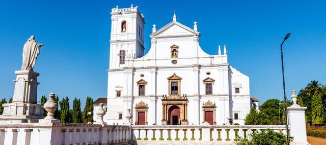 Tour privado por Goa con guía en español
