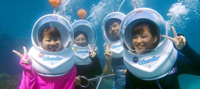 Marche sous l'eau à Bali