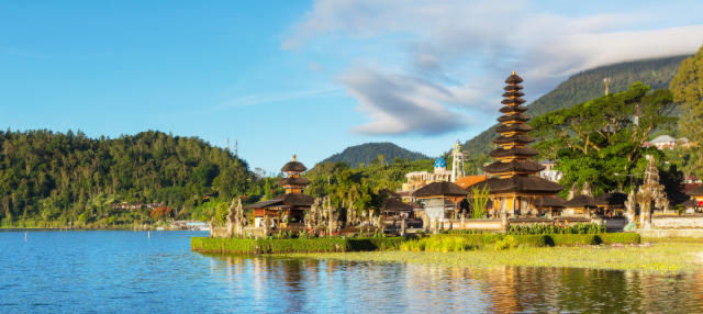 Tanah Lot, cascadas Nung Nung y Bedugul