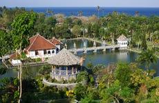 Tour privado por los palacios flotantes de Taman Ujung y Tirta Gangga