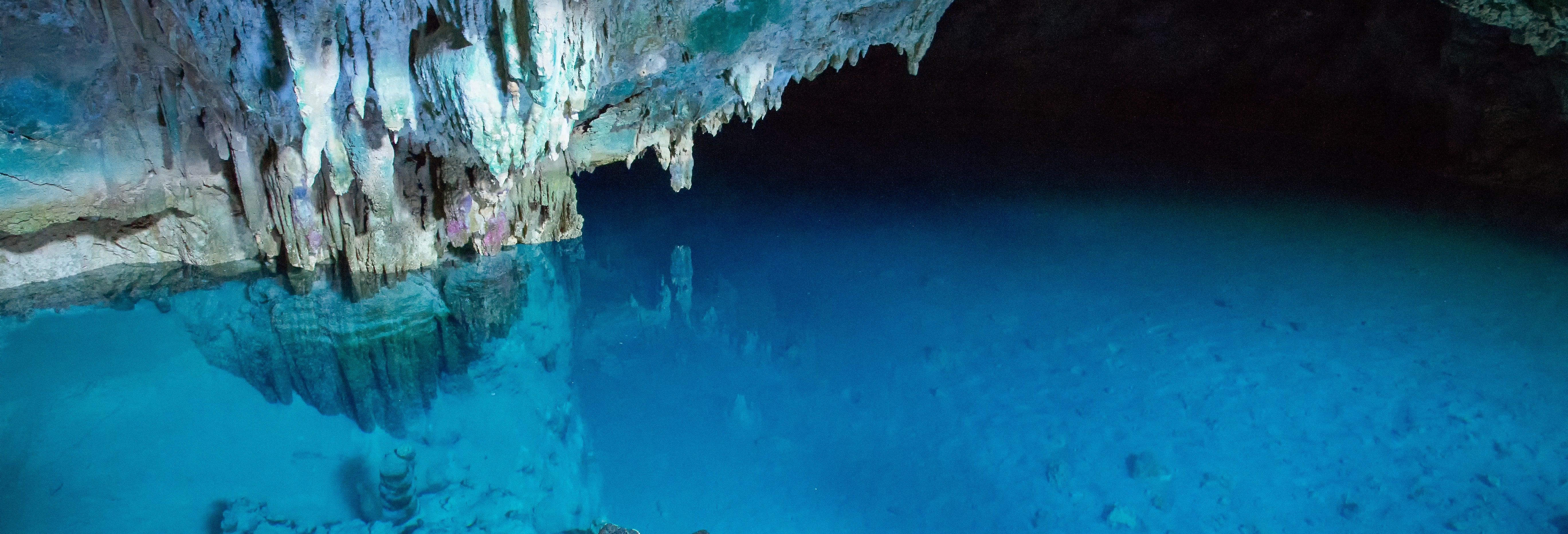Excursion aux grottes de Batu Cermin et Rangko