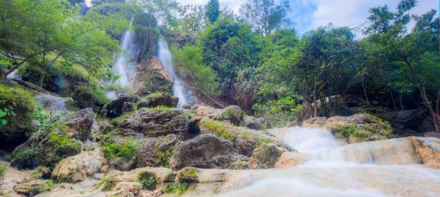 Cave Tubing en la Cueva Pindul + Cascada Sri Gethuk