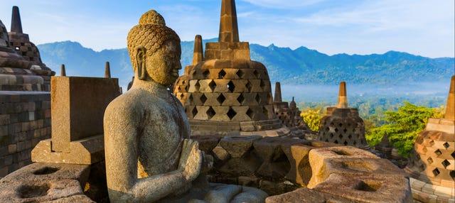 Excursión privada a Borobudur al amanecer y Meseta Dieng