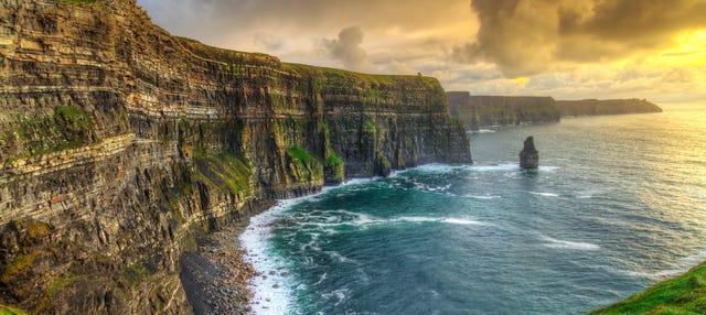 Acantilados de Moher, castillo de Dunguaire y Galway