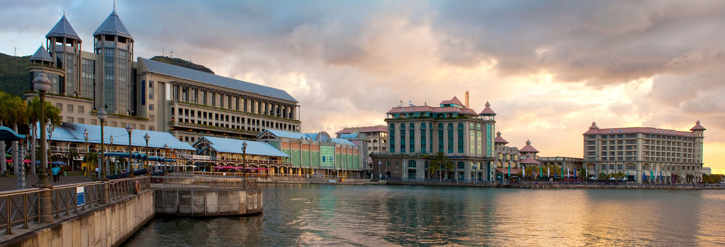 Port Louis and Pamplemousses Day Trip