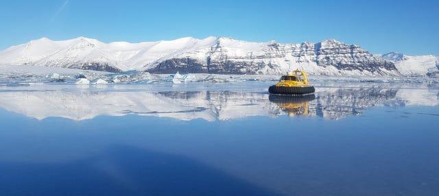 Tour en aerodeslizador por la laguna glaciar de Jökulsárlón
