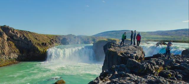 Offer: Reykjavik Sightseeing + Golden Circle Tour