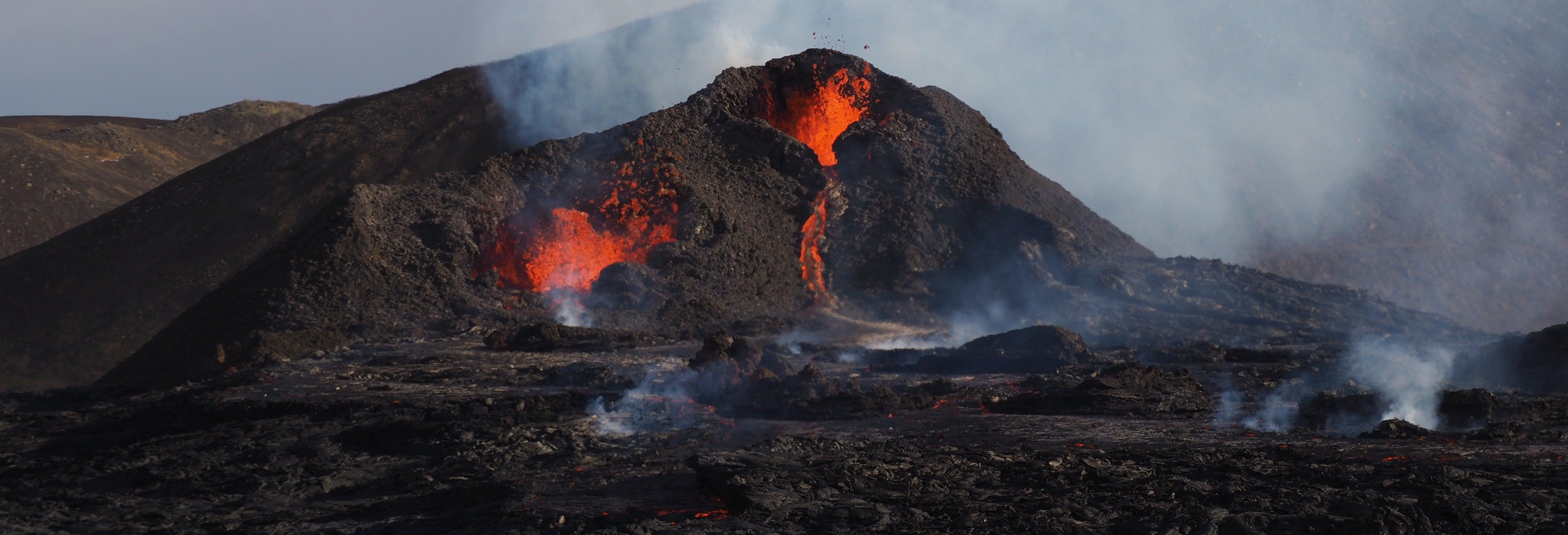 Geldingadalur Volcano Hike