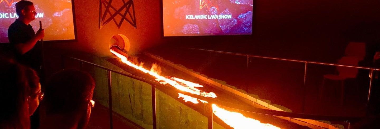Espetáculo de lava em Vík