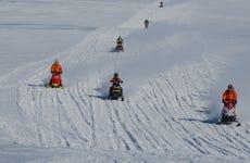 Paseo en moto de nieve por el glaciar Mýrdalsjökull