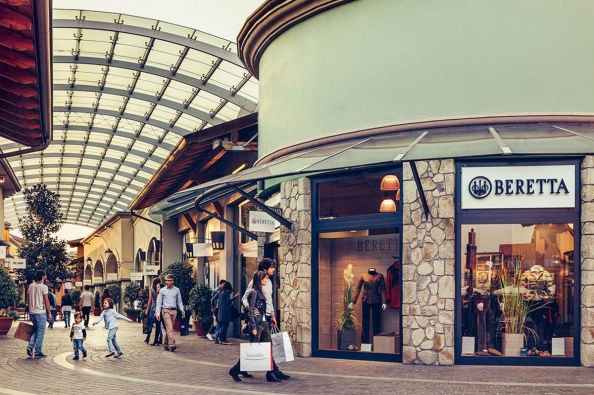 Shopping around the outlets of Franciacorta