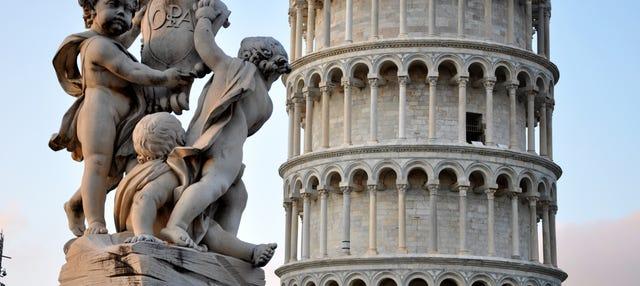 Excursión a Pisa y subida a la Torre Inclinada