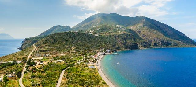 Escursione a Filicudi e Alicudi