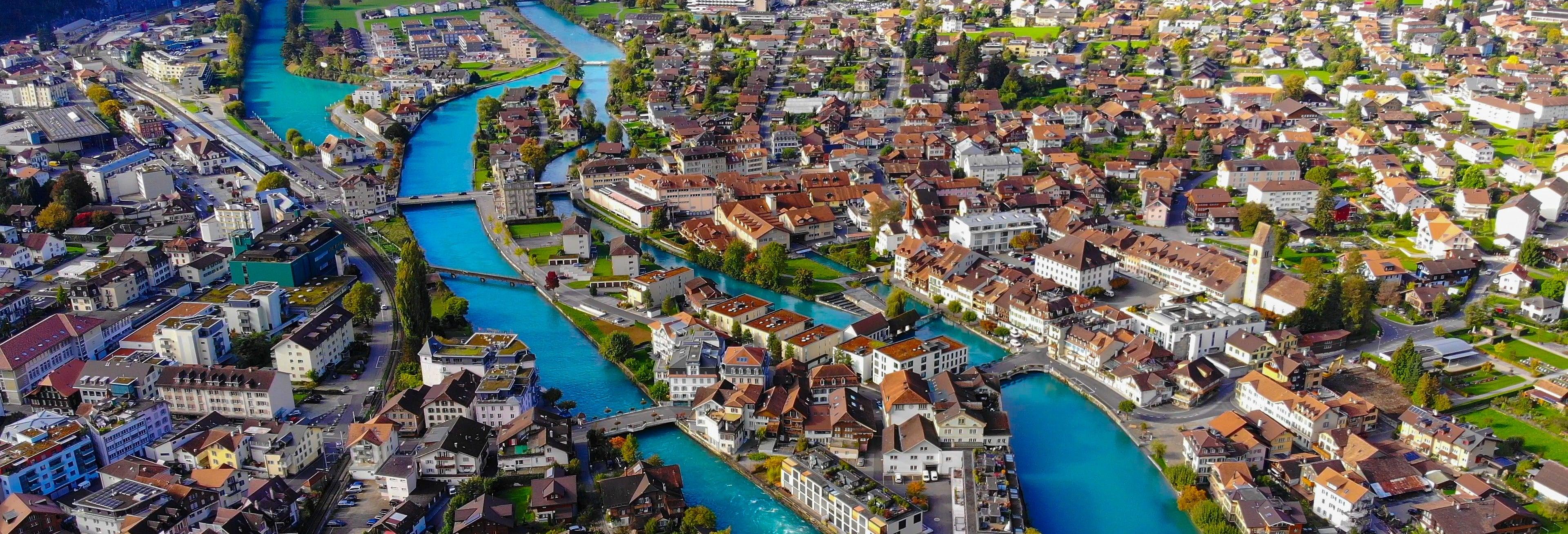 Interlaken & Swiss Alps Green Train Tour