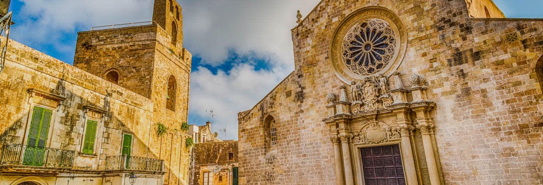 Tour privado por Otranto con guía en español