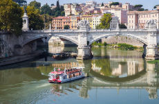 Tiber River Cruise with Appetizer