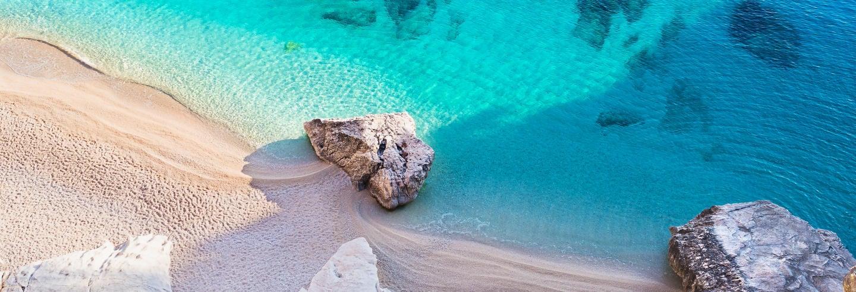Crociera lungo la costa di Baunei