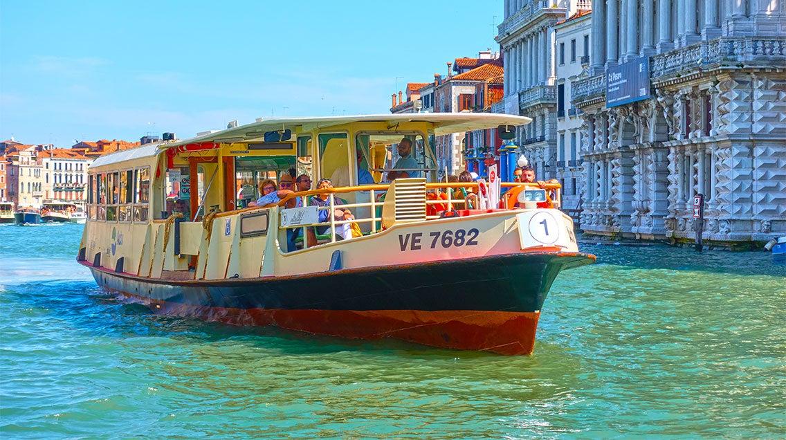 Vaporettos à Venise