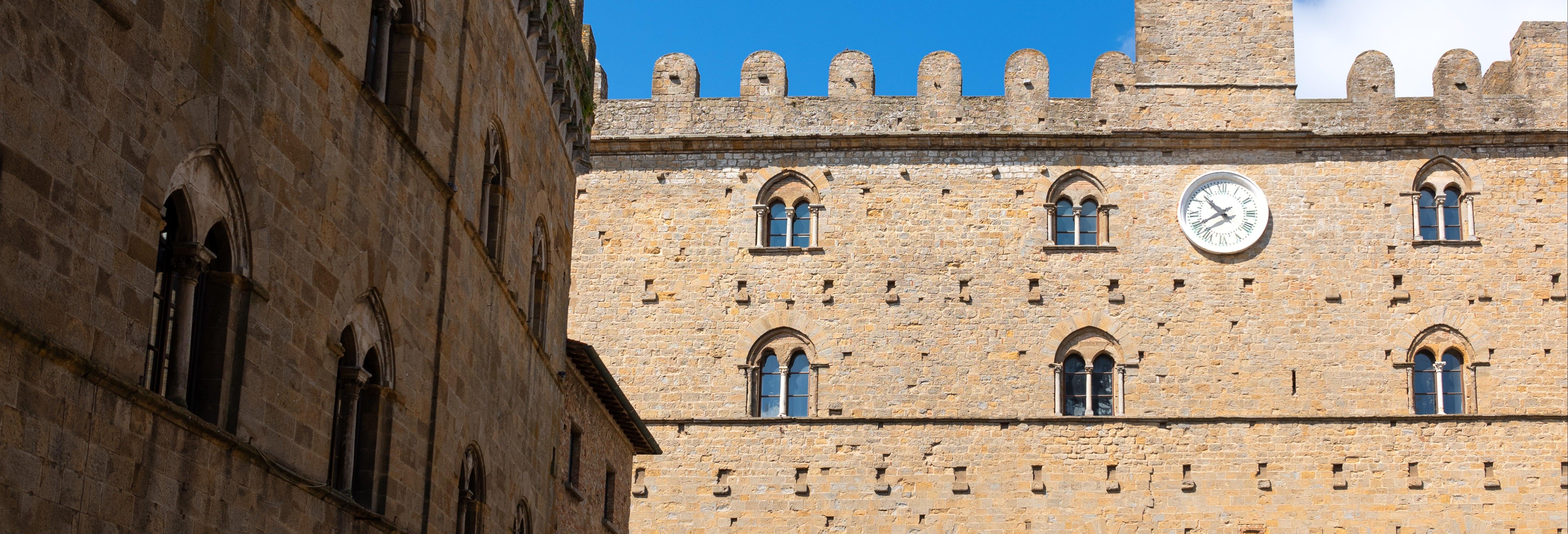 Tour privado por Volterra con guía en español
