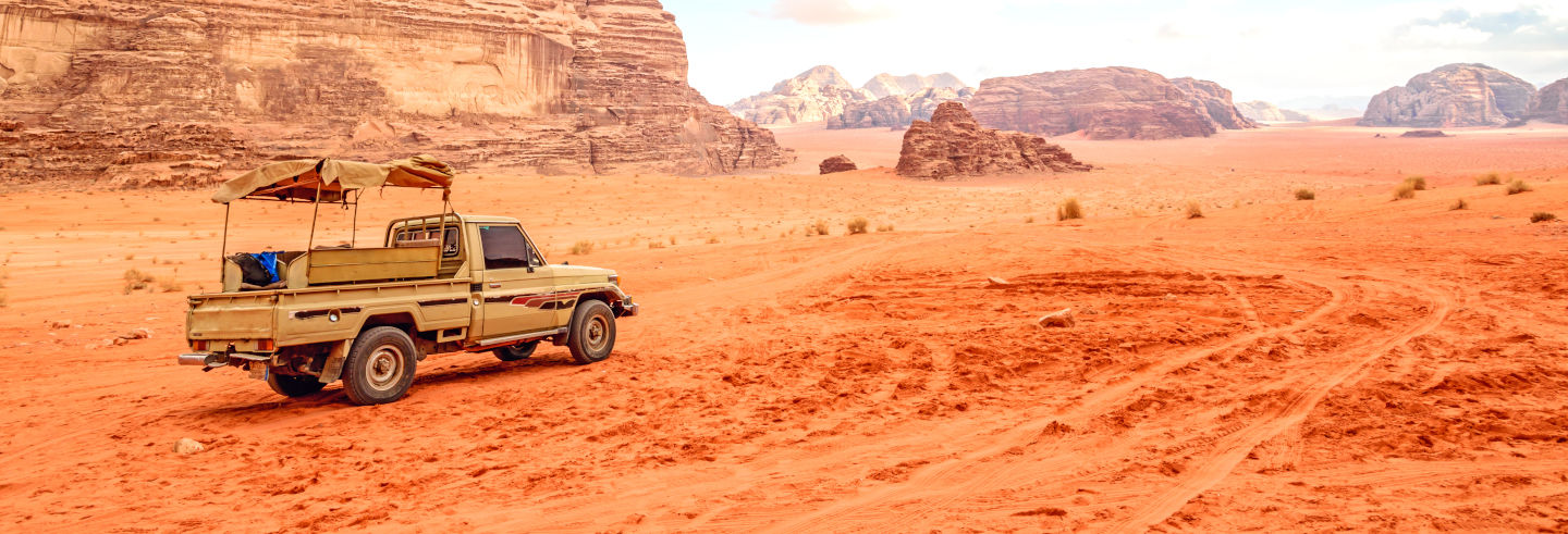 Tour por Áqaba + Jeep por Wadi Rum