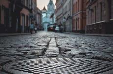 Free tour nocturno por Riga