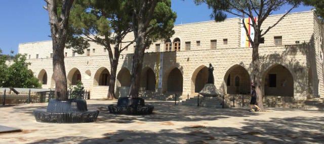 Tour por los monasterios de San Charbel, Santa Rafqa y San Hardini