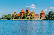 Tour en canoa por Trakai