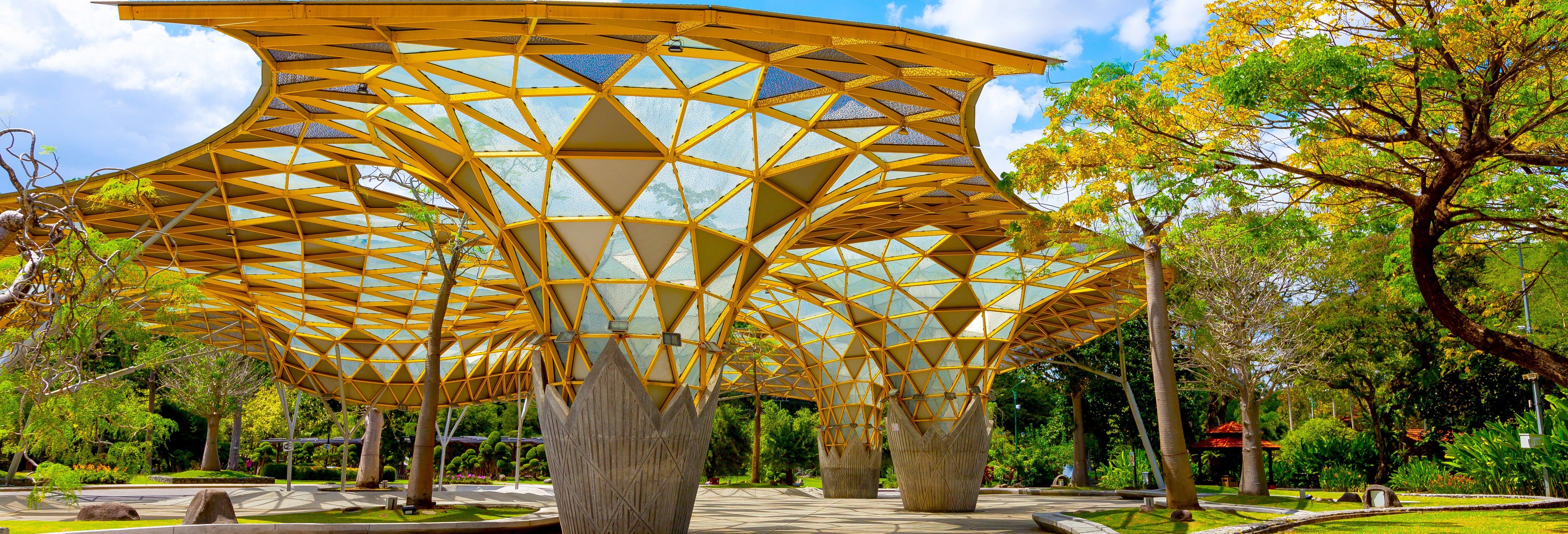 Visite guidée du jardin botanique de Perdana