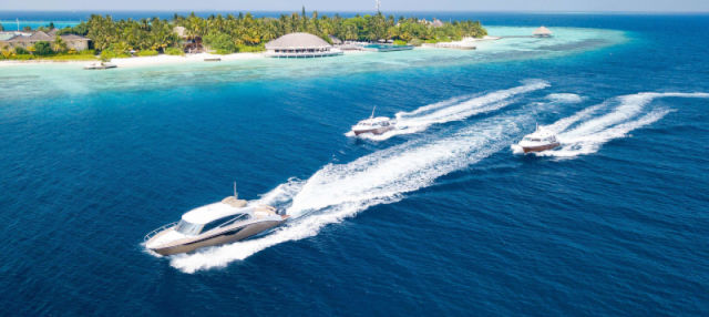 Transfert à l'aéroport de Malé en bateau à moteur