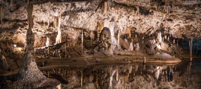 Excursión privada a la cueva de Knadel