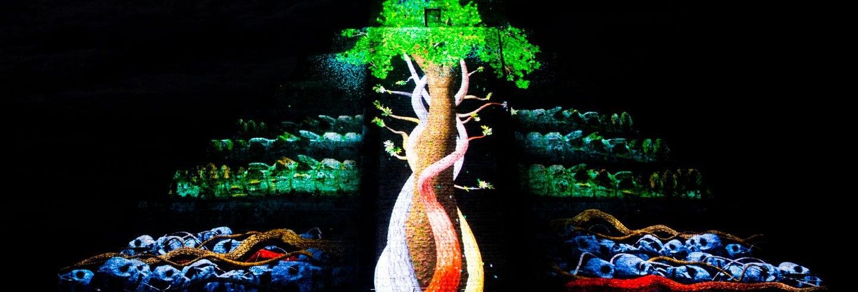 Comida buffet y espectáculo nocturno en Chichén Itzá