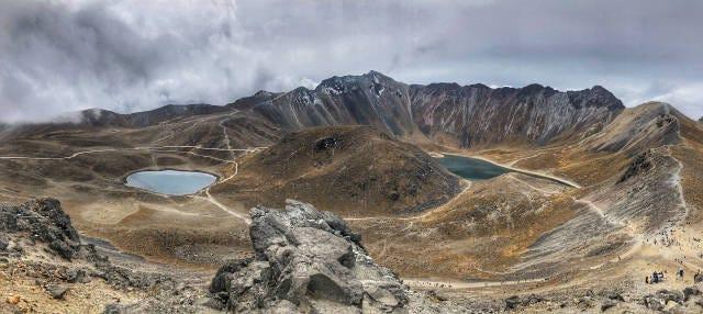 Trilha pelo vulcão Nevado de Toluca