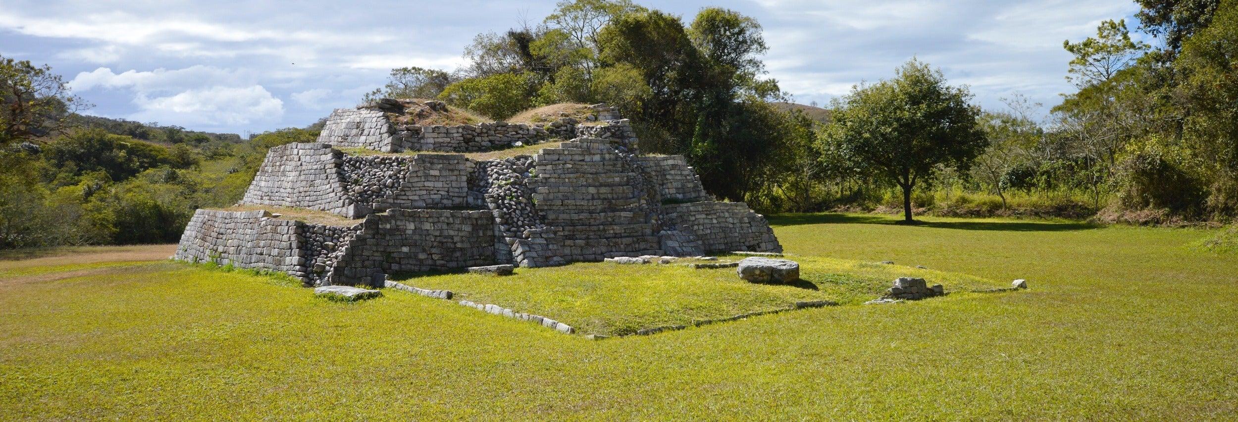 Excursión Tenam Puente, lagos de Colón y El Largartero