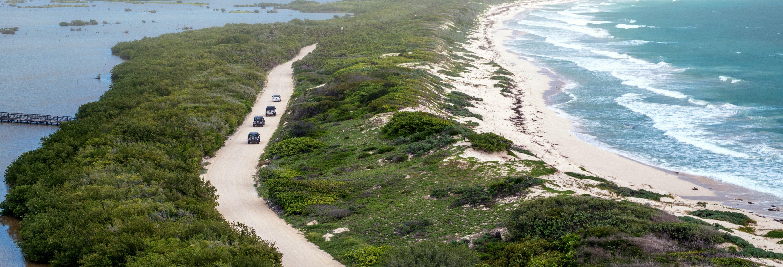Tour de jipe por Cozumel + Caverna de Jade e cenote