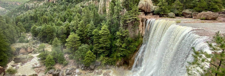 Excursión a la cascada y misión de Cusárare