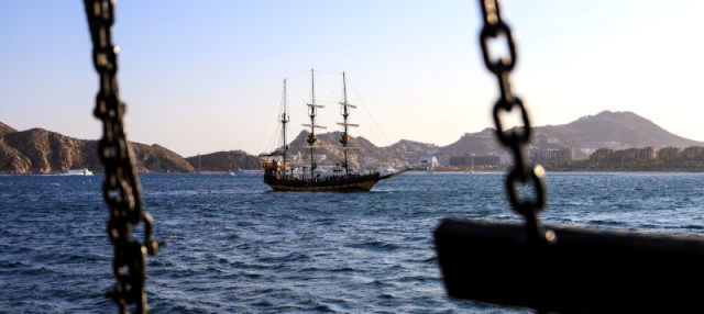 Passeio de barco pirata por Los Cabos