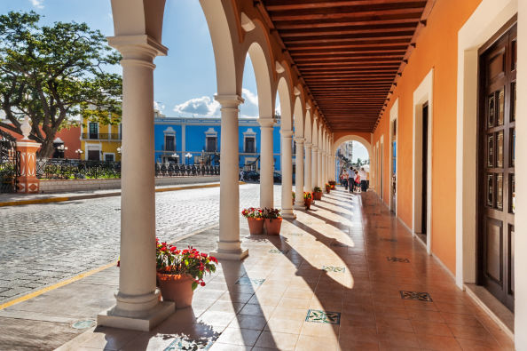 Exploring the colourful centre of Campeche