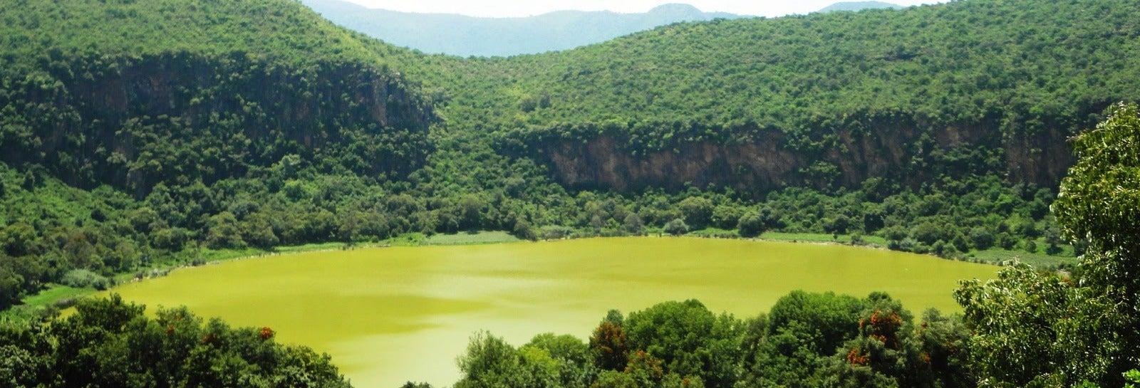 Excursión a Teremendo de los Reyes y Alberca de Morelia