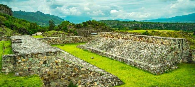 Tlacolula de Matamoros, San Jerónimo Tlacochahuaya y Yagul