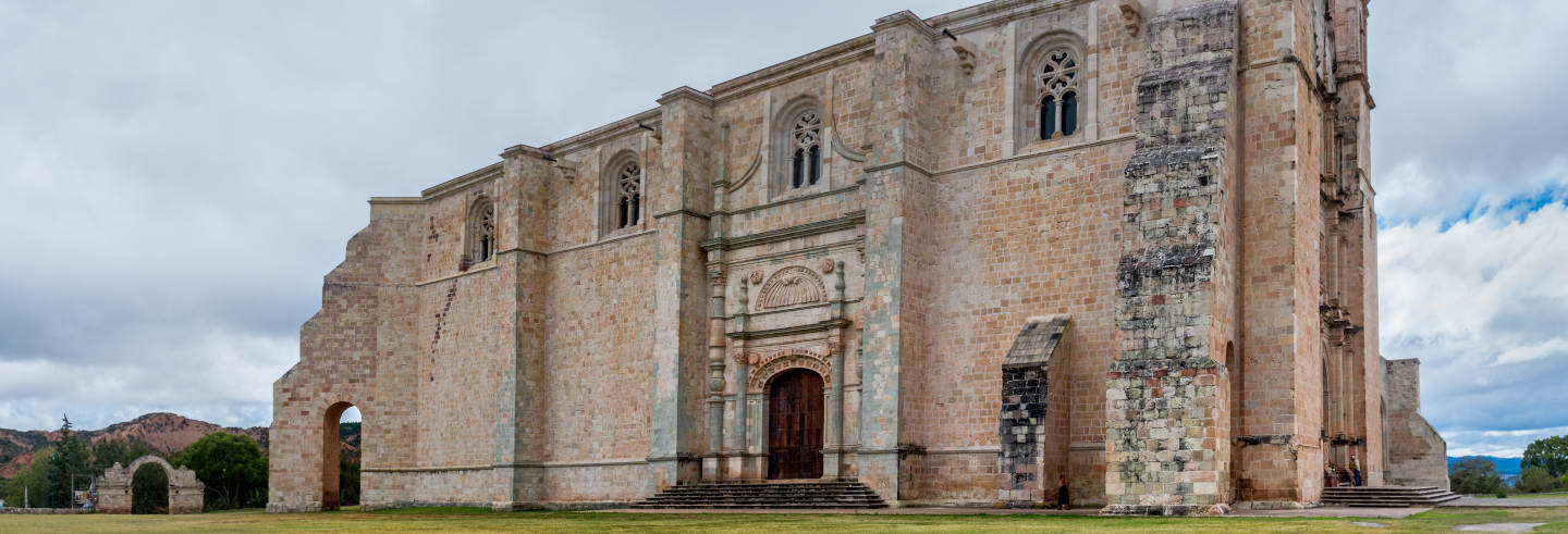 Tour de la arquitectura virreinal por Mixteca