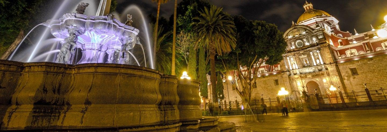 Tour nocturno con cena tradicional en Puebla