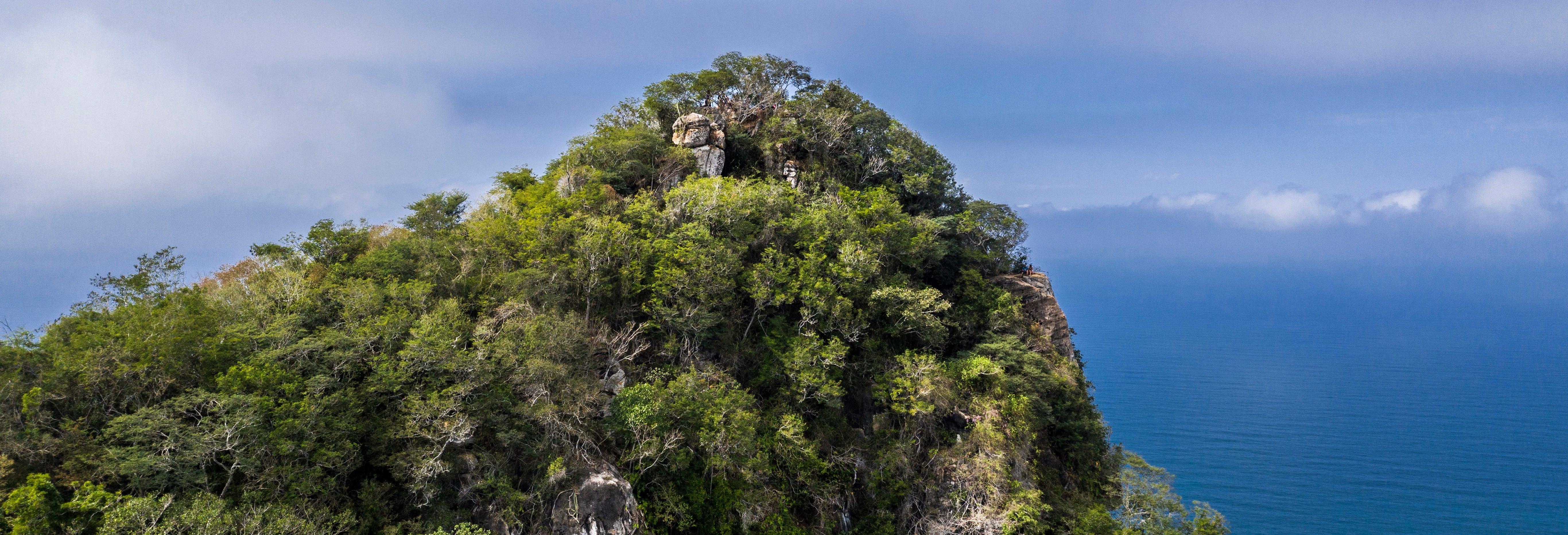 Trilha pelo Cerro del Mono